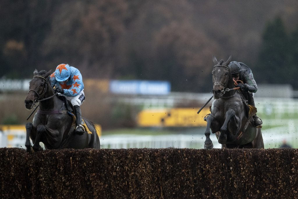 Altior and Un De Sceaux in the 2018 Tingle Creek