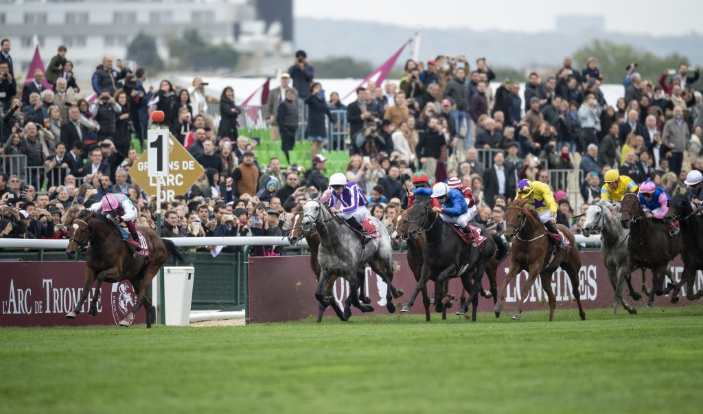 Frankie Dettori and Enable beating Sea Of Class in the 2018 Prix de l'Arc de Triomphe